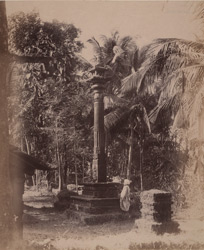 Close view of the dhvajastambha (stone lamp column) in front of the Ketapai Narayana Temple, Bhatkal
